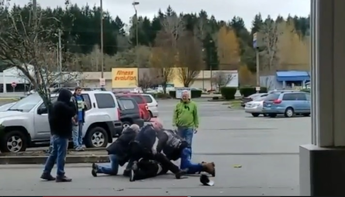 Bremerton Officer Saved from Violent Attacker by Citizens