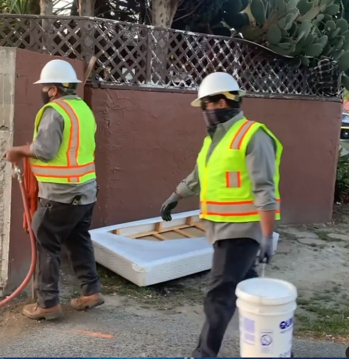 Burbank Restaurant Defied City Covid Rules; City Built a Fence Around the Restaurant so it Couldn't Reopen. ⋆ Conservative Firing Line