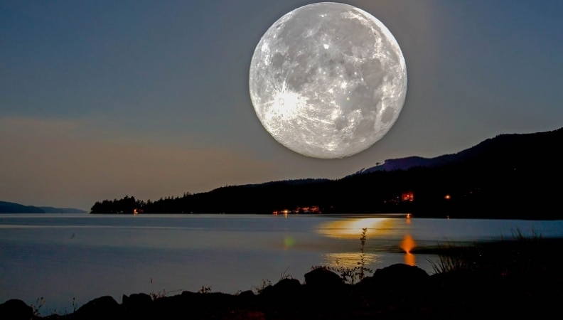 """""""Supermoon"""" To Move Across The Skies After 69 Years"""